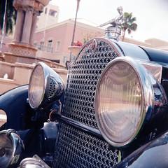cars-ektar-06-17-18-394 (Burnt Umber) Tags: ricohflexviis anastigmat80mmf35 6x6 mediumformat tlr film kodak ©allrightsreserved ektar 100 florida south boca raton car show fathers day mizner park antique auto automobile rust detroit american classic rpilla001