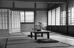 Upper House, ready for Zen meditation (PeterThoeny) Tags: saratoga california siliconvalley sanfranciscobay sanfranciscobayarea southbay hakonegardens japanesegarden garden park room japaneseroom tatami tatamiroom window table architecture tradition traditionaljapan day indoors monochrome blackandwhite sony a7 a7ii a7mii alpha7mii ilce7m2 fullframe vintagelens dreamlens canon50mmf095 canon 1xp raw photomatix hdr qualityhdr qualityhdrphotography fav100