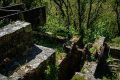 Carmears Wheelpit, Ponts Mill, from above. (Rogpow) Tags: cornwall luxulyan pontsmill carmears carmearswheelpit wheelpit foweyconsols treffry chinastone industrialhistory industrialarchaeology industrial industry cornishmining cornishminingworldheritagesite copper abandoned derelict decay disused dilapidated ruin rust rusty fujifilm fujixpro2 fuji