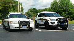 Pennsylvania State Police (Emergency_Spotter) Tags: psp pennsylvania state police trooper ford fleet crown victoria explorer interceptor utility steelies old skin