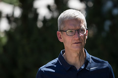 Why Apple Could Soon Save More Than $4 Billion in Taxes (marshalanthonee212) Tags: business executives finance leaders media money power technology sunvalley id unitedstates