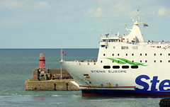 18 08 10 Stena Europe arriving Rosslare (35) (pghcork) Tags: stenaline ferry ferries carferry stenaeurope ireland wexford rosslare ships shipping