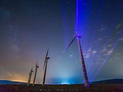 Electrified (www.studio360fotografia.es) Tags: molinos nocturna olympus laowa 75mm electrified electrificado landscape noche estrellas stars milkyway vialactea cielo sky em10 viento wind