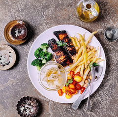 Blackened salmon (ctotir) Tags: salmon seafood fish vegetables food meal foodanddrink foodphotography foodstyling freshness broccoli tomatoes beans potatoes spices