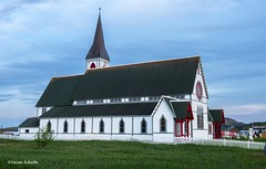 The church at Trinity (Photosuze) Tags: churches newfoundland trinity canada vintage buildings architecture sky grass fence windows steeple