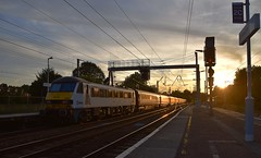 AC Electric 90002 propels the 19.00 London Liverpool Street to Norwich away from Ipswich after its booked stop and into the first August Sunset of this year. 01 08 2018 (pnb511) Tags: abeliogreateranglia trains railway ipswich class90 locomotive greateasternmainline geml electric traction loco ohc sunset