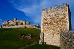 Castle Tower (Jungle_Boy) Tags: slovakia europe centraleurope 2018 easterneurope travel castle ruin spišcastle