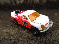 HOTWHEELS. OFF TRACKER. 2004 (MAJOR FORDSON) Tags: hotwheels 4x4 racecar