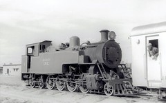 Iraq Railways - Iraq Petroleum Company 2-8-4ST steam locomotive Nr. 1 (Hudswell Clarke 1852 / 1951) at Kirkuk (كركوك) in 1967 (HISTORICAL RAILWAY IMAGES) Tags: train steam locomotive iraq ipc hc hudswellclarke كركوك
