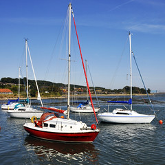 At Anchor (magaroonie) Tags: boats limekilns fife 7dos five thursday
