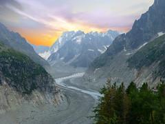 Mer de glace (Massif du Mont Blanc, Haute-Savoie, F) (pietro68bleu) Tags: glacier moraine rochers