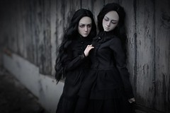 misunderstanding (dolls of milena) Tags: bjd abjd resin doll elfdoll hazy black dark sisters twins portrait noir
