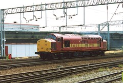 37706 Heading for Warrington at Crewe 2004 (37686) Tags: 37706 heading for warrington crewe 2004