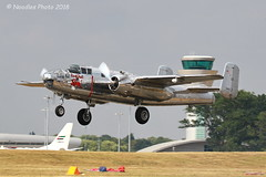 NORTH AMERICAN B-25J (Noodles Photo) Tags: northamericanb25j northamericanb25mitchell b25mitchell mediumbomber mittelschwererbomber northamericanaviation n6123c farnboroughinternationalairshow2018 farnborough airshow farnboroughinternationalairshow hampshire england greatbritain unitedkingdom canoneos7dmarkii tamronsp150600mmf563divcusdg2 airplanes plane farnboroughairfield theflyingbulls historicairplanes historicaviation flugzeug aviation