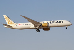 A9C-FA Gulf Air B789 (twomphotos) Tags: plane spotting bah obbi bestofspotting sun heat desert gulf air gulfair boeing b789 dreamliner landing 30r