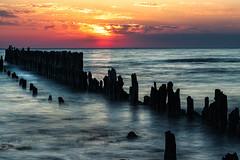 sunrise in Glowe (drummerwinger) Tags: rot sunrise sonnenaufgang ostsee rügen glowe canon80d ndfilter verlaufsfilter urlaub wolken clouds water meer strand beach