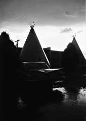 Holbrook, AZ (cestlameremichel) Tags: bnw monochrome monochromatic black white minolta dynax 40 konica contrast usa west america roadtrip analog analogica filmisnotdead argentique 35mm rollei retro 80s retro80s film