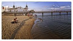 Ahlbeck Beach (Heinze Detlef) Tags: kaiserbäder ostsee wasser strand menschen urlauber seebrücke himmel sandwellen seeheilbad insel usedom
