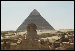Sfinge e Piramide Chefren045 (Claudio T1) Tags: egitto colori colors colorphotoaward cloudswirl color wordpress foto nikon thebestofday photoword photoaward nordafrica