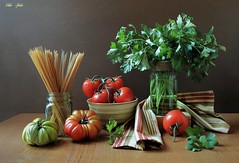 Pasta Time...! (Esther Spektor - Thanks for 12+millions views..) Tags: stilllife naturemorte bodegon naturezamorta naturamorta stilleben composition creativephotography tabletop kitchen gooking food pasta tomato parsley bowl jar box napkin glass ceramics wooden linen pattern stripe ambientlight reflection red green beige brown estherspektor canon