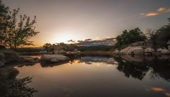 Espejos. (Amparo Hervella) Tags: embalsedelburguillo ávila españa spain nube reflejo naturaleza roca largaexposición d7000 nikon nikond700