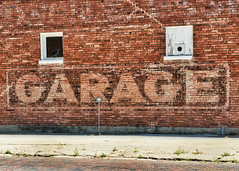 GARAGE (Pete Zarria) Tags: kansas old ghost decay abandoned service car auto red brick