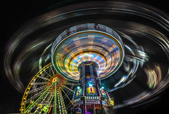 C I R cular (Blende1.8) Tags: kreisel rotunde kirmescrange funfair karussell kirmes crangerkirmes night nightshot longexposure licht light moving movement bewegung bewegungsunschärfe roundabout carrousel carousel wideangle sony sel1224g 12mm 1224mm ilce7m3 nrw ruhrgebiet ruhrpott a7m3 a7iii colors colours color colour colourful vivid effekt farben farbig action