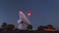 ARIES XXI (GC - Photography) Tags: sky estrellas stars night nocturna radiotelescopio radiotelescope largaexposicion longexposure tokinaaf1116f28 nikon d500 yebes guadalajara españa spain gcphotography antena antenna centroastronomicodeyebes castillalamancha paisaje landscape