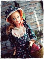 Pioneer Barbie (Brani's fashion dolls) Tags: pioneer barbie pilgrim superstarbarbie dollcollection 90sbarbie historical costumes