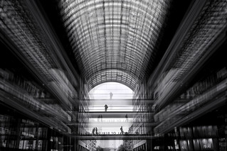 Mall of Berlin: Cocoon // Cut-up No. VIII