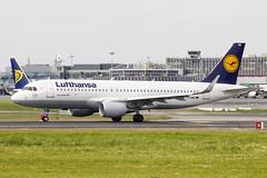D-AIWB | Lufthansa | Airbus A320-214(WL) | CN 7699 | Built 2017 | DUB/EIDW 30/05/2018 (Mick Planespotter) Tags: aircraft airport dublinairport 2018 nik sharpenerpro3 daiwb lufthansa airbus a320214wl 7699 2017 dub eidw 30052018 collinstown a320