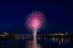 100A1013 (CdnAvSpotter) Tags: 2018 aug 4 casino lacleamy sound light fireworks les grand feux ottawa river nightphotography long exposure spain