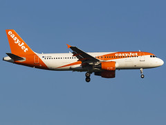 EasyJet | Airbus A320-214 | G-EZTD (MTV Aviation Photography (FlyingAnts)) Tags: easyjet airbus a320214 geztd airbusa320214 londonstansted stansted stn egss canon canon7d canon7dmkii