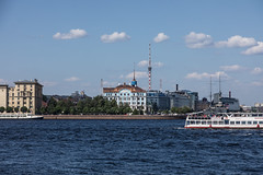 St Petersburg00482018 (TwoStep2002) Tags: nevariver russia stpetersburg sanktpeterburg saintpetersburg ru