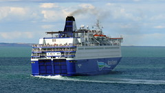 18 08 10 Oscar Wilde departing Rossalre  (9) (pghcork) Tags: oscarwilde rosslare ferry ferries carferry irishferries ireland wexford