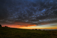 R85_0634 (Reinhard Scholz) Tags: sunset eifel abend landschaft licht farbe berg dreiborn