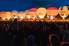 Glow (Paul C Stokes) Tags: bristol international balloon fiesta festival 2018 40th year anniversary court ashton hot air mass launch ascent balloons sony sky a7r2 zeiss 1635 nightglow night glow