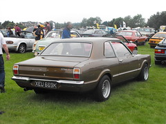 Ford Taunus - XEU 689K (2) (Andy Reeve-Smith) Tags: xeu689k taunus ford tc cortina germany westgermany german stockwoodpark luton bedfordshire beds festivaloftransport 2018 lutonfestivaloftransport2018 lutonfestivaloftransport