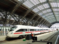 German high-speed ICE train at Leipzig station (TeaMeister) Tags: europe train rail seat61 interrail germany leipzig deutschebahn railwaystation bach eastgermany ddr europeanunion eu brexit goethe faust architecture
