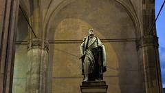 Fürst Wrede (max.hau11) Tags: münchen munich nacht night odeonsplatz bauwerk construction architektur architecture licht light