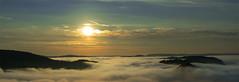 Morgenstimmung (Norbert Reimer) Tags: autumn fluss nebel herbst sonne himmel sony natur trees tree cloef sky ilce7m2 sunrise landschaft saar sonyvariotessartfe1635mmf4zaoss wald clouds sonyalpha7 sun dämmerung wolken baum mist river forest norbertreimer sonyalpha sonnenaufgang fog nature landscape saarschleife bäume mettlach saarland deutschland de sunset