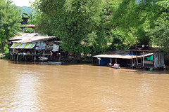 Village on the Khwae Yai River at Kanchanaburi 5 May 2018 (The McCorristons) Tags: kanchanaburi thailand may 2018 floating village river kwai mae klong khwae yai bridgeontheriverkwai