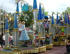 Cinderella, Prince Charming (moacirdsp) Tags: cinderella prince charming musicalmomentsparade liberty square disneys magic kingdom walt disney world florida usa 2001