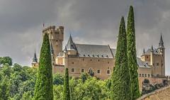 SEGOVIA (toyaguerrero) Tags: segovia spain castilla castille castillayleón architecture arquitectura alcázar