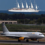 World¨s largest sailing yacht in the world & vueling thumbnail