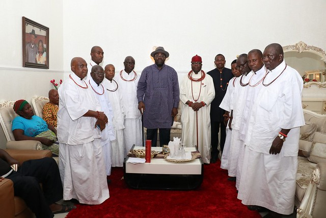 HSDickson- Condolence Visit By Tarakiri Chiefs.28th August 2018