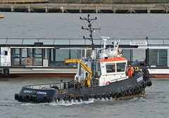 Devout (1) @ Gallions Reach 14-09-18 (AJBC_1) Tags: riverthames gallionsreach london thamescraftdrydockingservicesltd boat vessel dlrblog england unitedkingdom uk ©ajc northwoolwich eastlondon newham londonboroughofnewham nikond3200 devout damen tug tugboat ajbc1 damenstantug1405 greatbritain gb ship