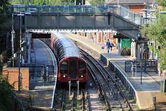 Epping station, Station Road, Epping, CM16 (Tetramesh) Tags: tetramesh london england britain greatbritain gb unitedkingdom uk tfl londonunderground londontransport tube thetube metro essex