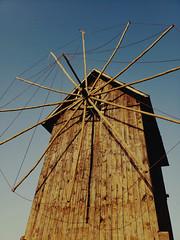 the wooden windmill (vereiasz) Tags: windmill nessebar bulgaria blacksea isthmus 17thcentury phone samsunggalaxys9 vereiasz nesebar nesebur ancienttown wooden chains несебър balkans