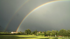 Schwebende Farben (Feinblick) Tags: schweben regenbogen farbe farben flickrfriday